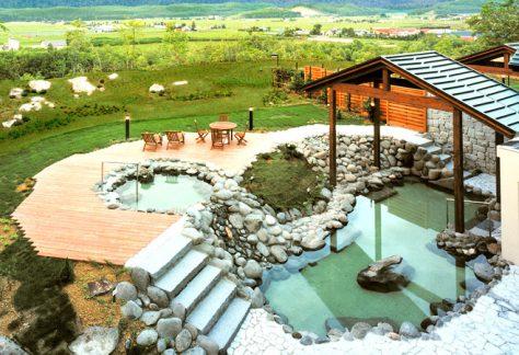 室外浴池(露天浴池)/無棚頂的浴池