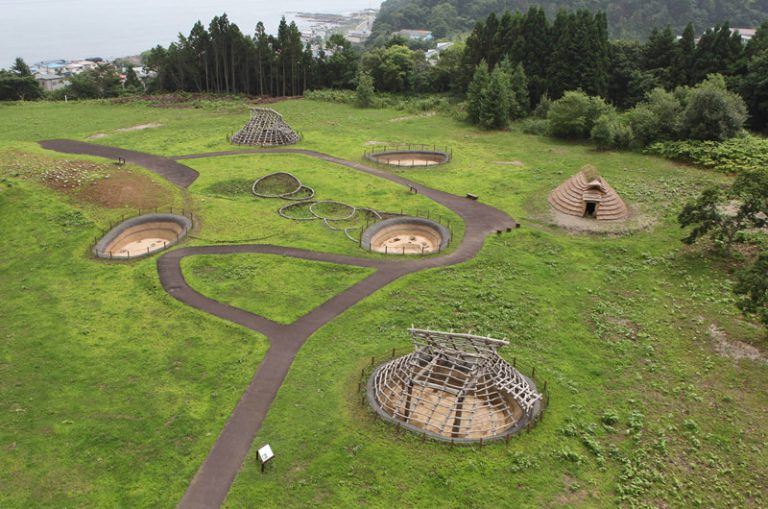 北海道、東北北部的繩文遺跡群被列入世界文化遺產。